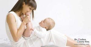 Bebekleri Sallayarak Uyutmak Doğru Mu ?