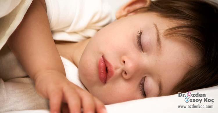 çocuklarda uyku düzeni